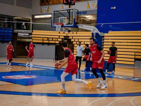 A Milli Erkek Basketbol Takımı, Kanada'da ilk antrenmanını yaptı