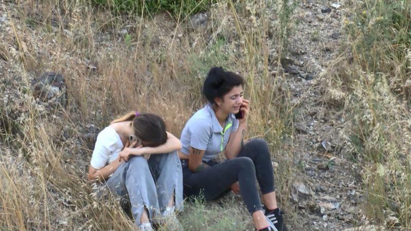 Sultangazi'de genç kız uçurumdan aşağı düştü, ekiplerin arama kurtarma çalışmaları devam ediyor