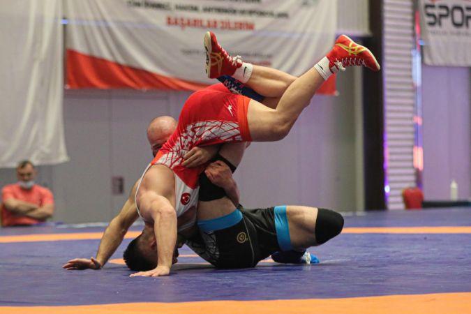 49. Uluslararası Yaşar Doğu Güreş Turnuvası'nda şampiyon Türkiye