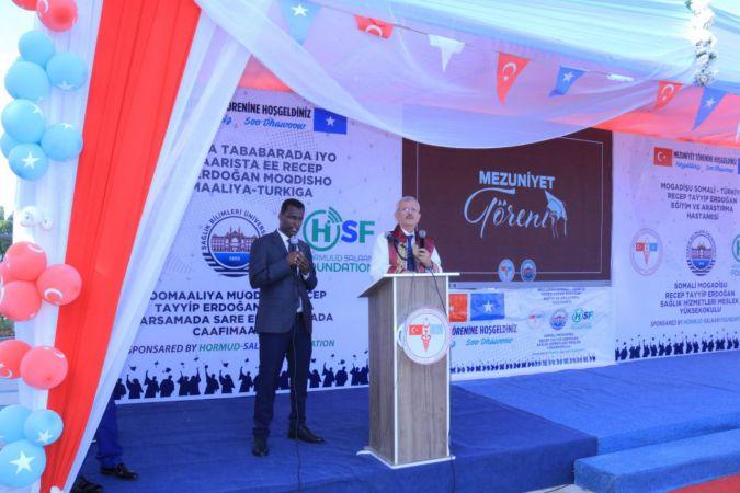 Türk üniversitesi Somali'de mezuniyet töreni gerçekleştirdi