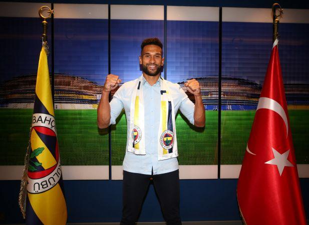 Fenerbahçe, Caulker ile 2+1 yıllık sözleşme imzaladı