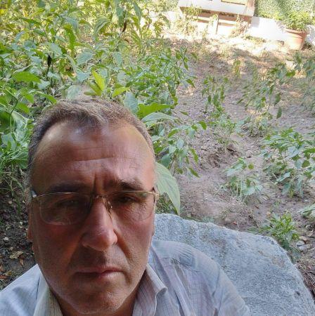 Elektrik akımına kapılan çiftçi öldü