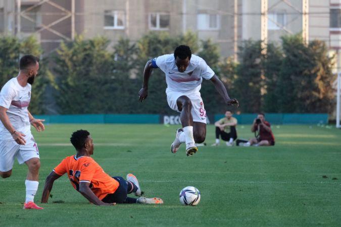 Başakşehir ile Hatayspor maçında dostluk kazandı