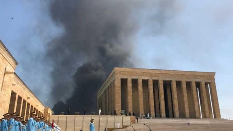 Anıtkabir'de korkutan yangın görüntüleri!