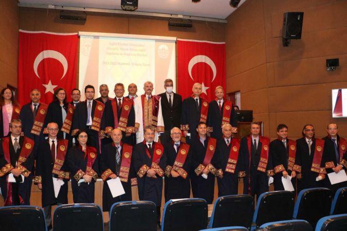 Kartal'da 2021-2022 Akademik Yıl Açılışı ve Cübbe Giyme Töreni gerçekleştirildi