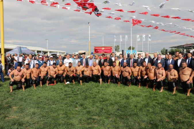 Edirne'de Kel Aliço Pehlivanı Anma Yağlı Güreşleri başladı