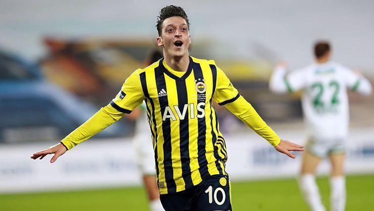 Fenerbahçe'de Mesut Özil şoku