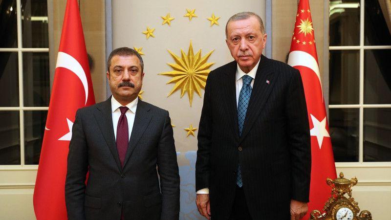Dolar'ın rekor artışı sonrası Erdoğan ve Kavcıoğlu'nun dikkat çeken görüşmesi