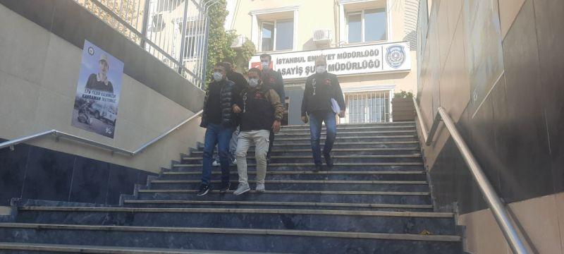 Polise silahlı saldırıda bulunan 2 kişi adliyeye sevk edildi