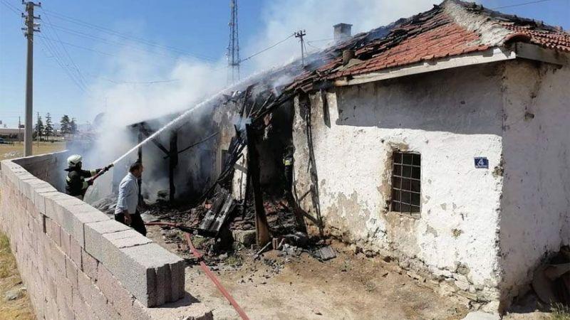 Ereğli'de müstakil ev yandı