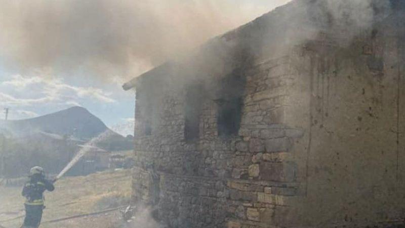 Cami evinde korkutan yangın