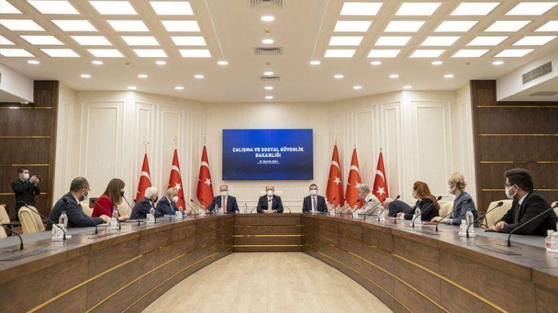 Türk-İş ve Hak-İş zam taleplerini sundu