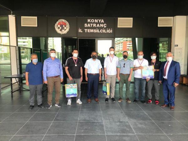 Akşehir'de satranç turnuvasının ödül töreni yapıldı