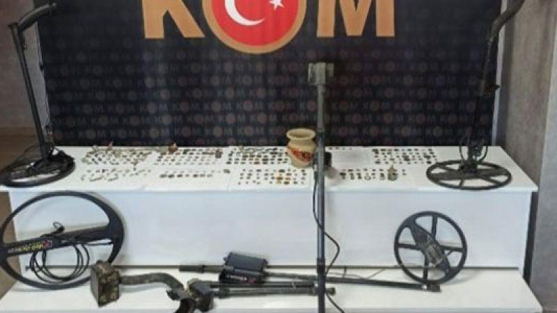 Konya ve Aydın'da operasyon: 5 gözaltı