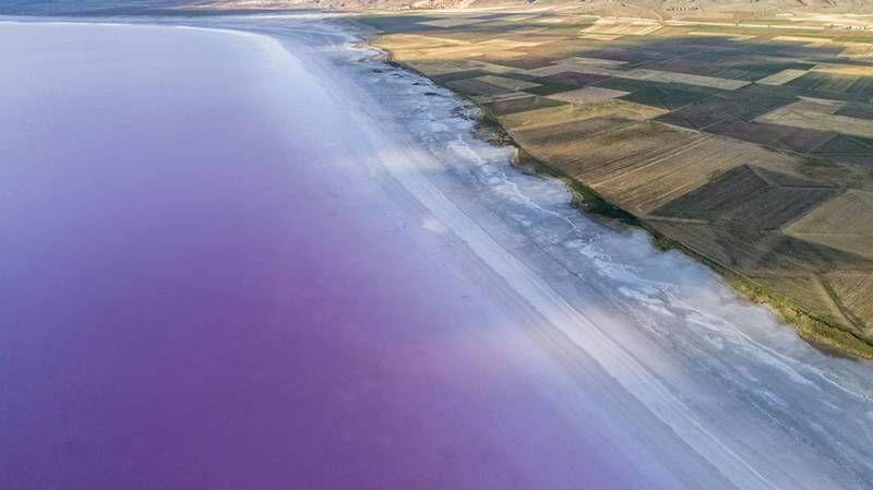 Kuraklık burayı da vurdu! Tuz Gölü giderek küçülüyor