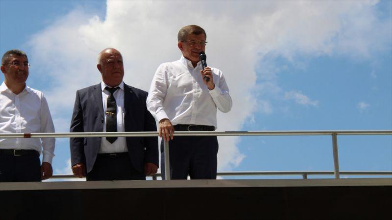Gelecek Partisi Genel Başkanı Ahmet Davutoğlu, Konya'da parti teşkilatlarının açılışına katıldı