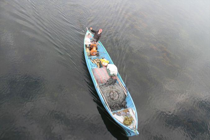 Tatlı sularda yeni av sezonunun ilk balıkları kantarda tartıya çıktı