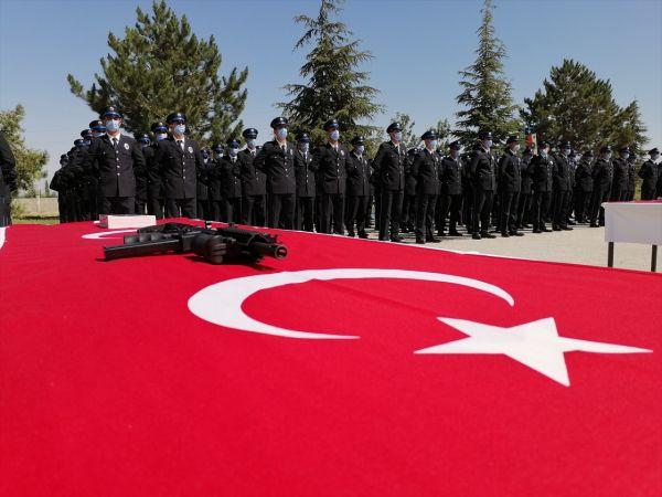 Ereğli'de polis adaylarının mezuniyet sevinci