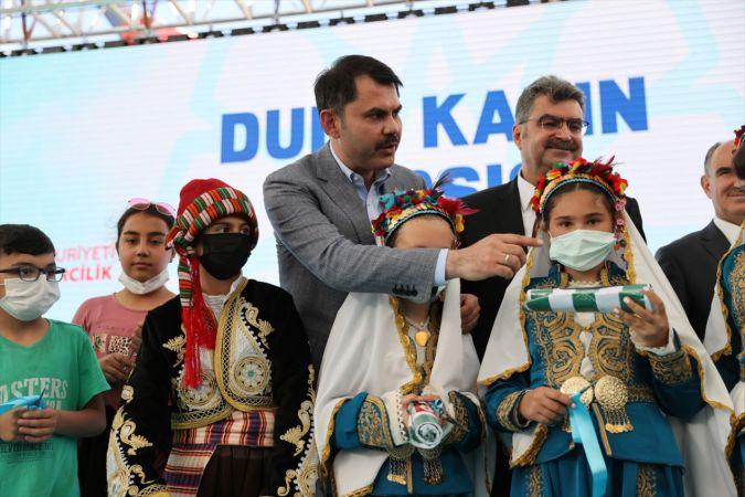 Çevre ve Şehircilik Bakanı Murat Kurum, Akşehir'de Dudu Kadın Çarşısı'nın açılışına katıldı