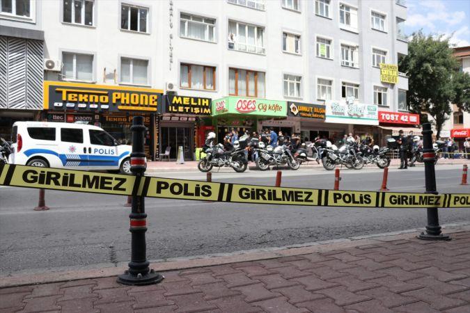 Konya'da tartıştığı kadını korkutmak için havaya ateş açıp kendisini dükkana kilitleyen kişi, gözaltına alındı