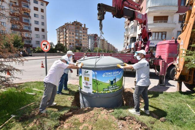 Karatay Belediyesi ilçeye 150 yeni yeraltı çöp konteynırı yerleştirdi