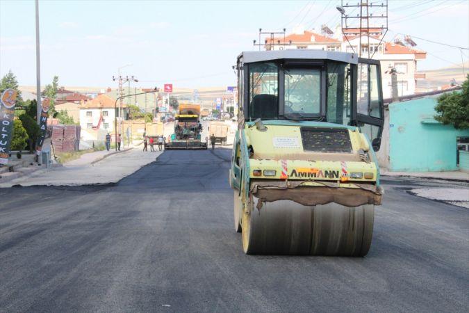 Yunak'ta sıcak asfalt çalışmaları
