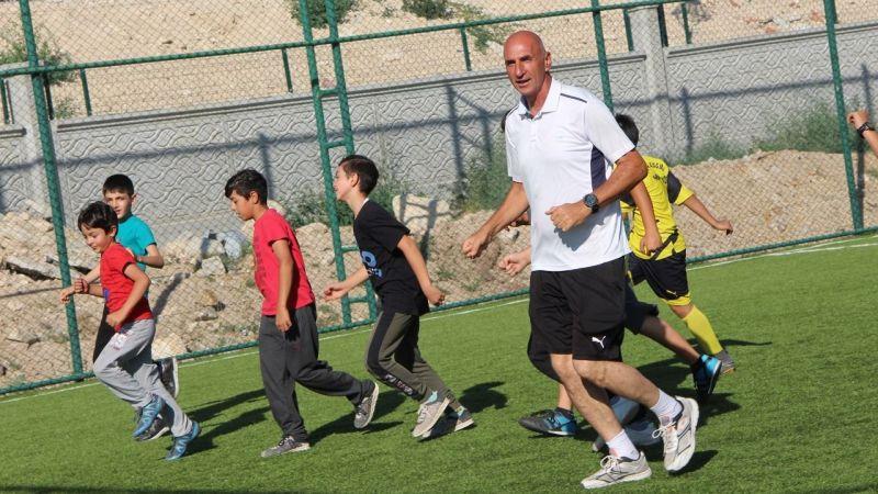 Halkapınar'da Yaz Spor Futbol Okulu başladı