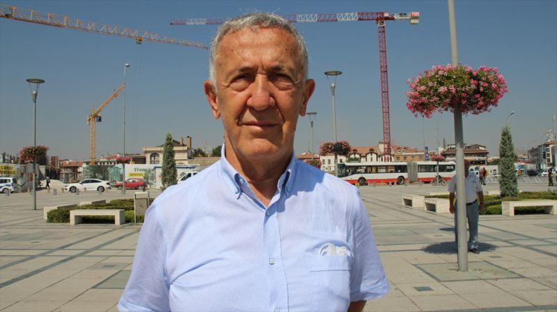 Ömer Halisdemir 5. Ulusal Bisiklet Turu'na katılan sporcular Konya'dan Aksaray'a doğru yola çıktı