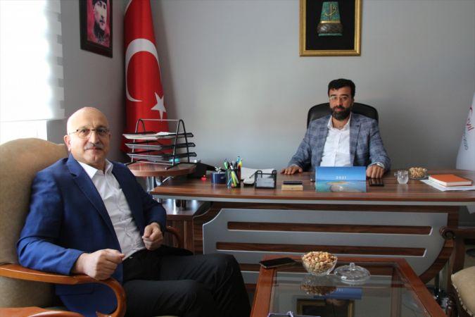 İl Milli Eğitim Müdürü Büyük, AA Konya Bölge Müdürü Yerlikaya'yı ziyaret etti