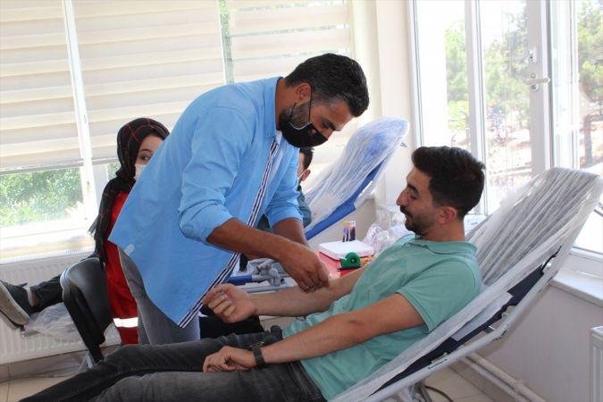 Yunak'ta kan bağışı kampanyası