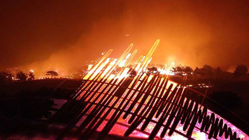 Yangınla mücadele eden Akdeniz'de korkutan deprem!