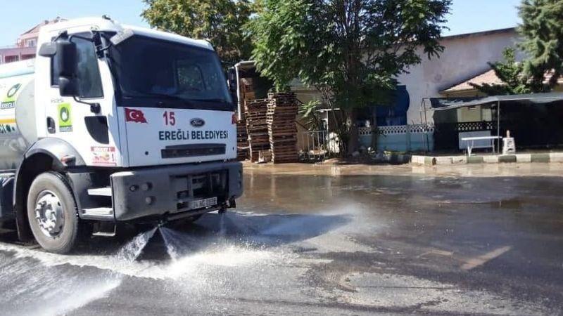 Tebrikler Ereğli Belediyesi! arazözle yollar sulanıyor, konteynırlar yıkanıyor