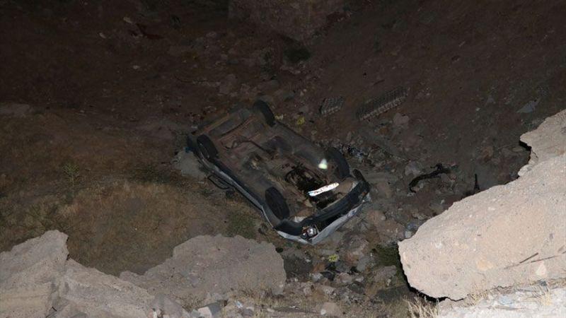 Kazadan sonra araçlarını bırakıp kaçtılar