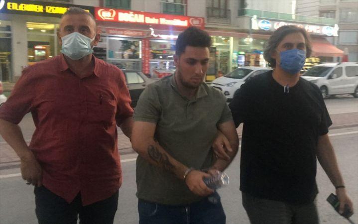 Konya'da iş vaadiyle internet sitesi üzerinden dolandırıcılık yaptığı iddia edilen şüpheli yakalandı