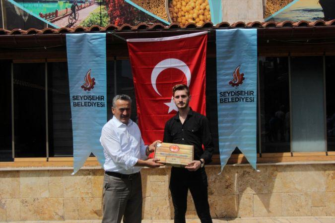 Seydişehir Belediye Başkanı Tutal, vatani görevini yerine getirecek gençlerle buluştu