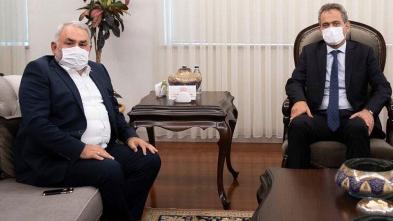 Etyemez Milli Eğitim bakanı Özer'i ziyaret etti