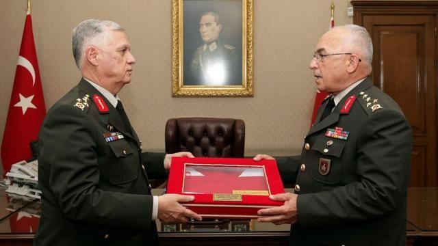 Musa Avsever Kara Kuvvetleri Komutanlığı Görevini Devraldı