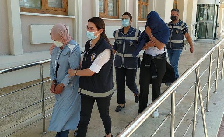 Konya'da polis, 20 bin liralık ziynet eşyaları çalınan çifte, kolyedeki evlilik tarihinden ulaştı