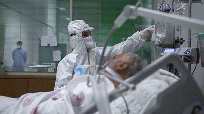 Koronavirüs salgınında can kaybı 53 bine yaklaştı