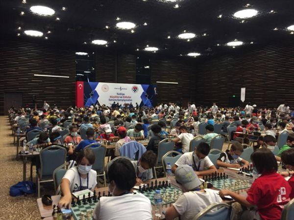 Türkiye Küçükler ve Yıldızlar Satranç Şampiyonası Konya'da başladı