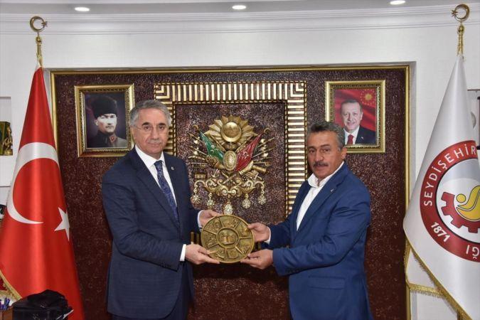 AK Parti'li Yanılmaz'dan Seydişehir Belediye Başkanı Tutal'a ziyaret