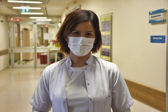 """Uzmanlardan """"hamilelikte Kovid-19 aşısının riski yok"""" açıklaması"""