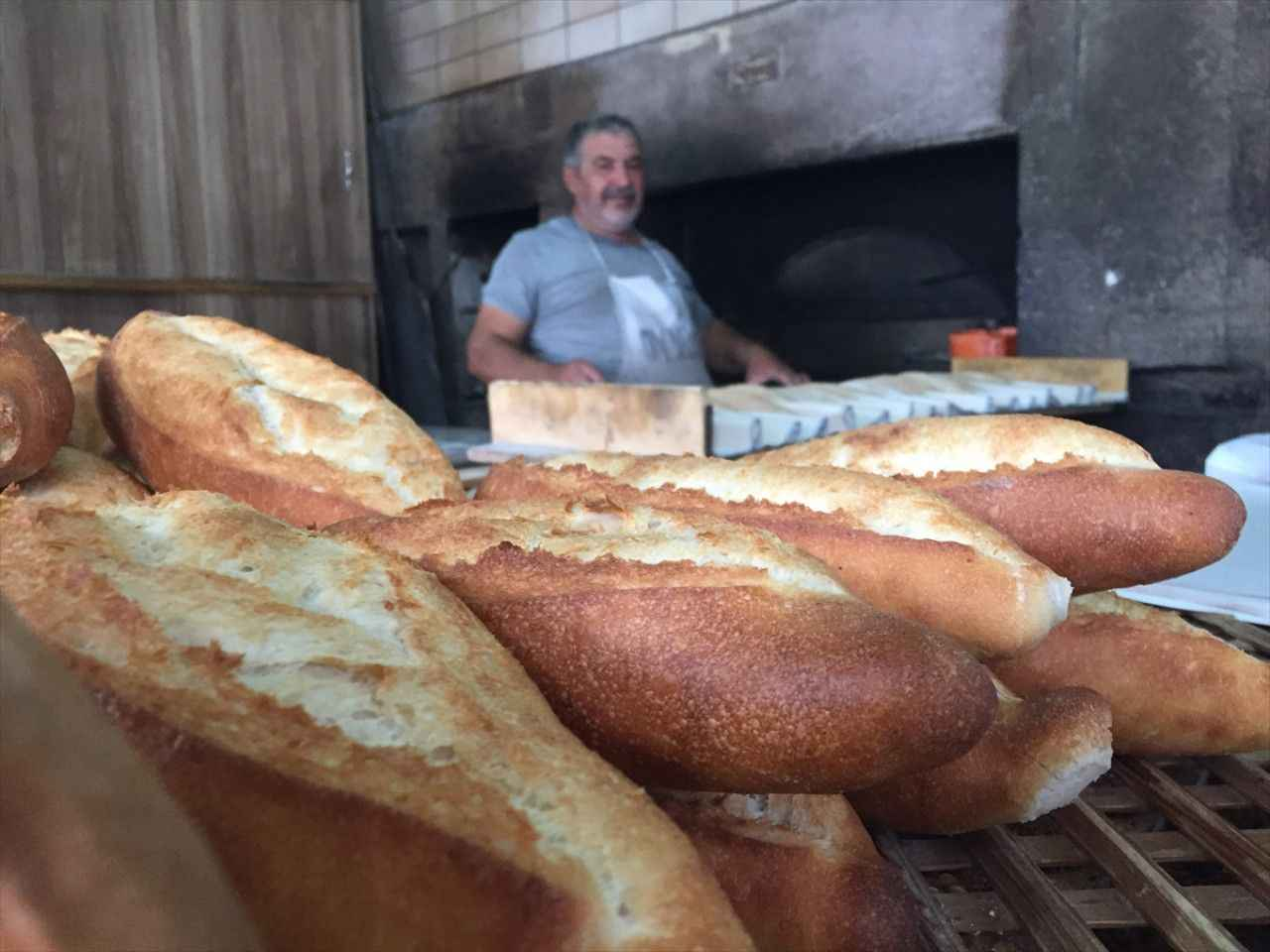 300 yıllık tarihi taş fırında 6 kuşaktır ekmek üretiliyor - Ereğli Haberleri