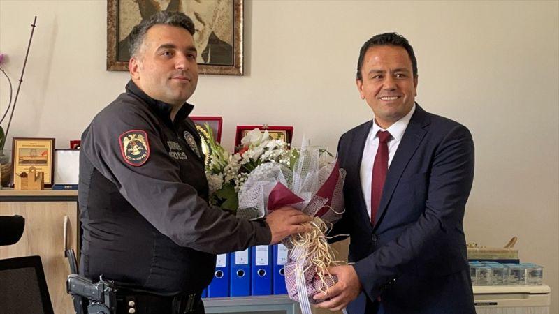 Avukatı vuran zanlıyı yakalayan Polislere BARO'dan teşekkür