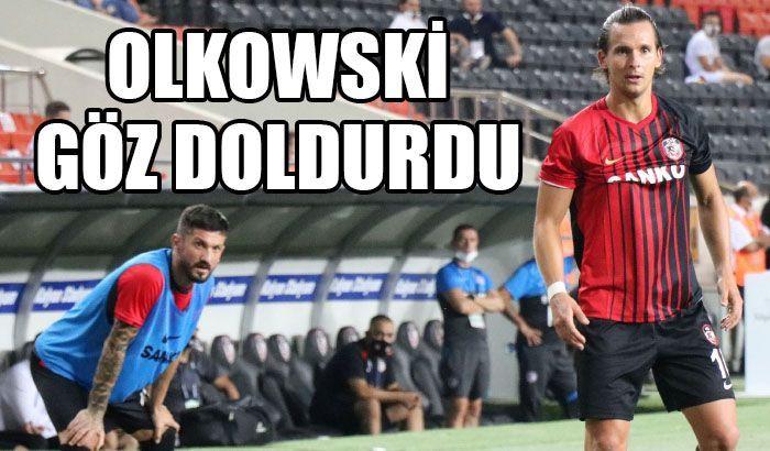 Olkowski formayı kaptı