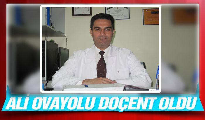 Ali Ovayolu, Doçent oldu