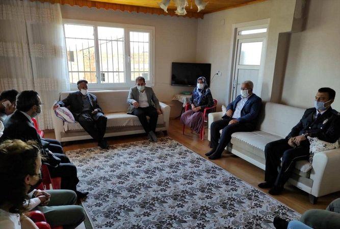 Nurdağı Kaymakam Akça'dan şehit aileleri ve gazilere bayram ziyareti