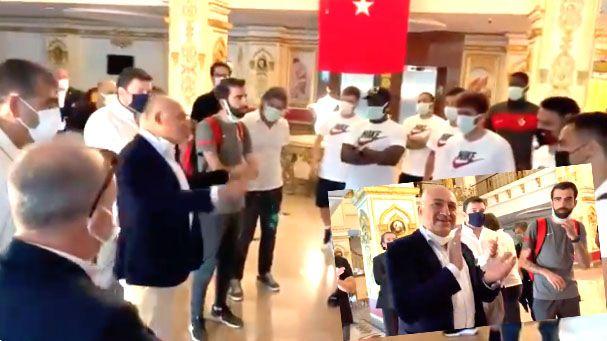 Başkan Mehmet Büyükekşi veda etti