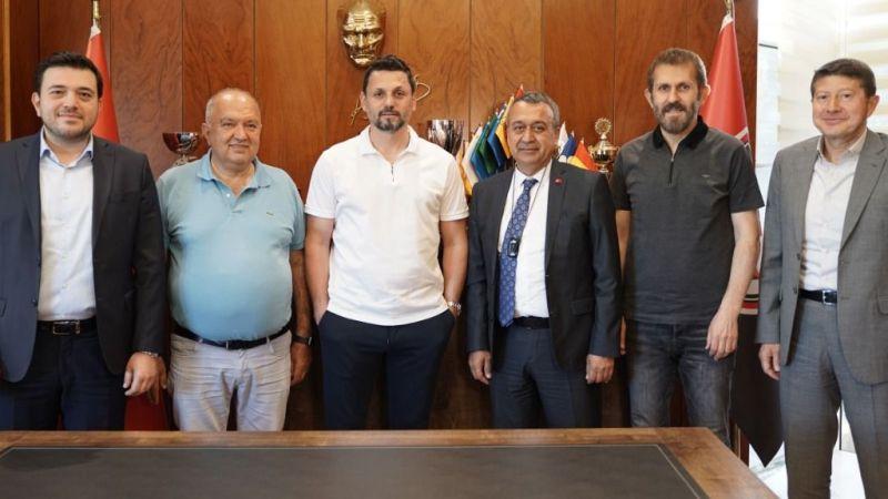 Erol Bulut resmen Gaziantep FK'da