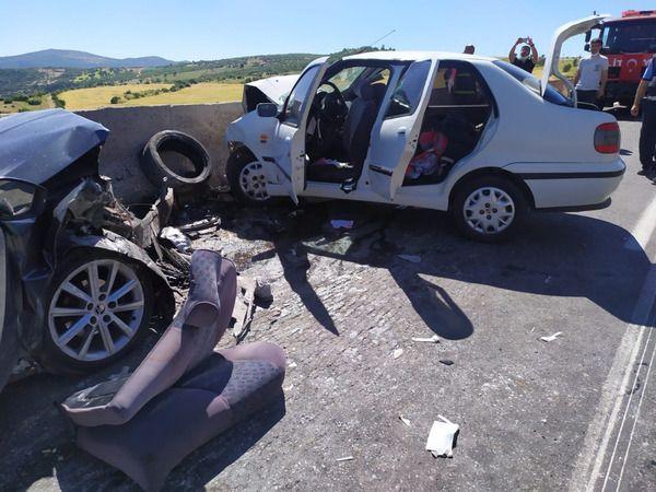 Gaziantep'teki zincirleme trafik kazasında ölen 2 kişi toprağa verildi